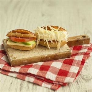 Resim Saçaklı Mini Sandviç